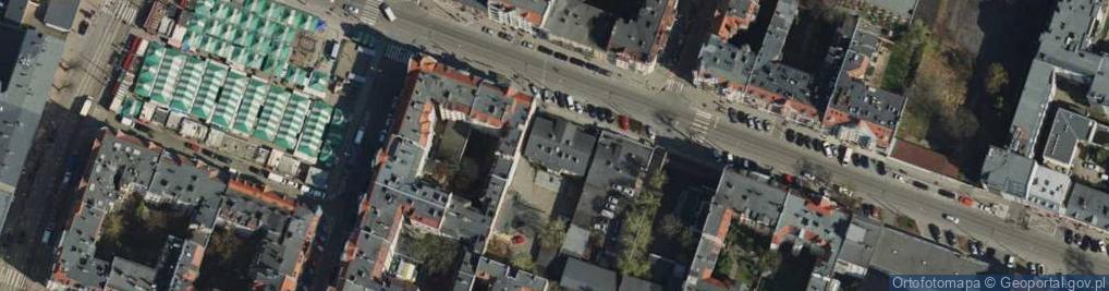 Zdjęcie satelitarne Dąbrowskiego Henryka, gen. 42