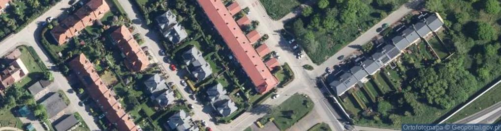 Zdjęcie satelitarne Franciszkańska 115