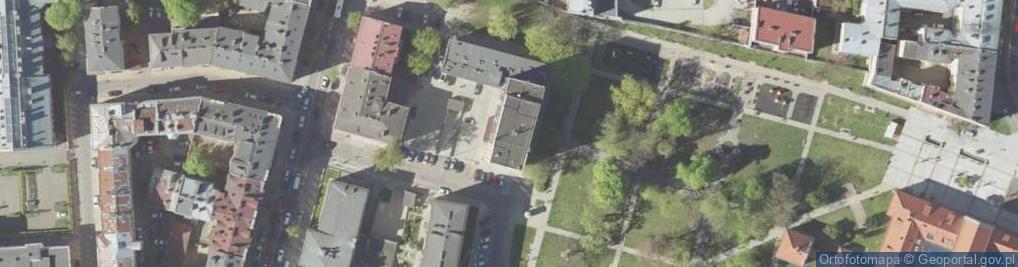 Zdjęcie satelitarne Karłowicza Mieczysława 4