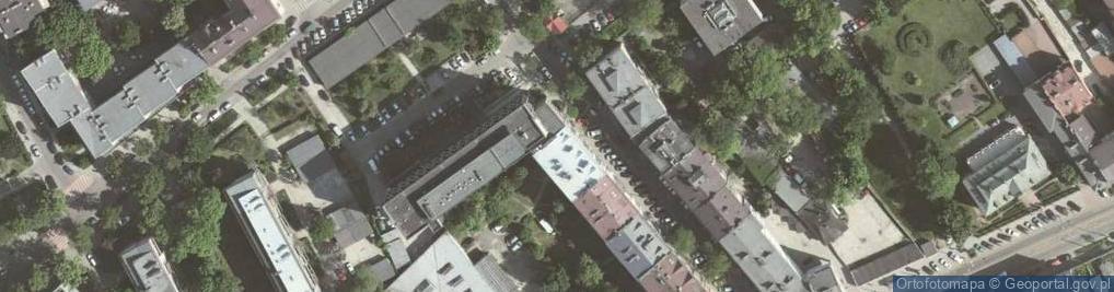 Zdjęcie satelitarne Komorowskiego Bolesława ul.