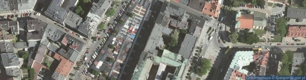 Zdjęcie satelitarne Rynek Kleparski 18