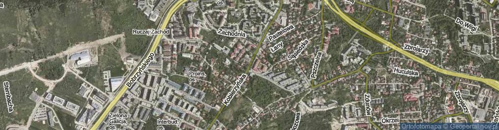 Zdjęcie satelitarne Kobierzyńska ul.