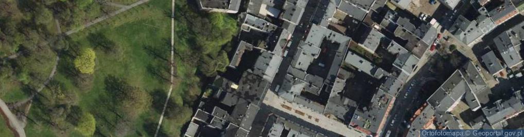 Zdjęcie satelitarne Półwiejska ul.